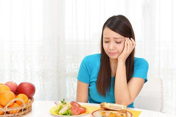 Khó nuốt là một dấu hiệu trào ngược dạ dày thực quản